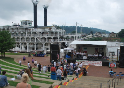 A Wheeling, West Virginia band welcomes the American Queen.   *  Photo: Ted Scull