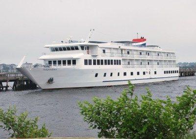 American Cruise Lines' Independence embarks at Providence. * Photo by Ted Scull