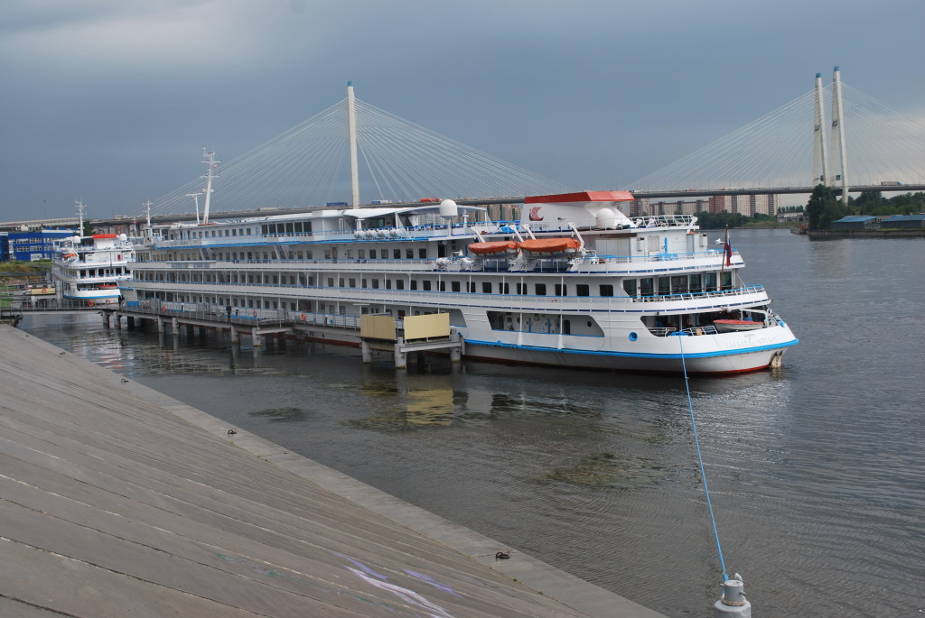 Viking River Cruises' riverboat tied up on the Neva just outside St. Petersburg. * Photo: Ted Scull