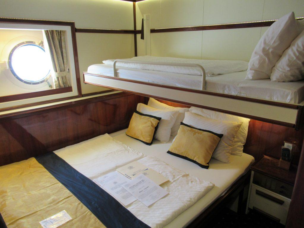 A triple cabin, room 206.