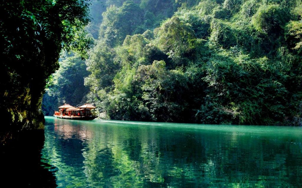 Yangtze views. * Photo: Victoria Cruises