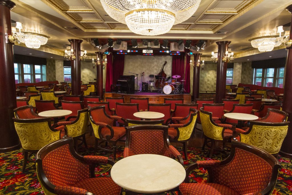 Show Lounge - AMERICAN EMPRESS. * Photo: AQSB Co