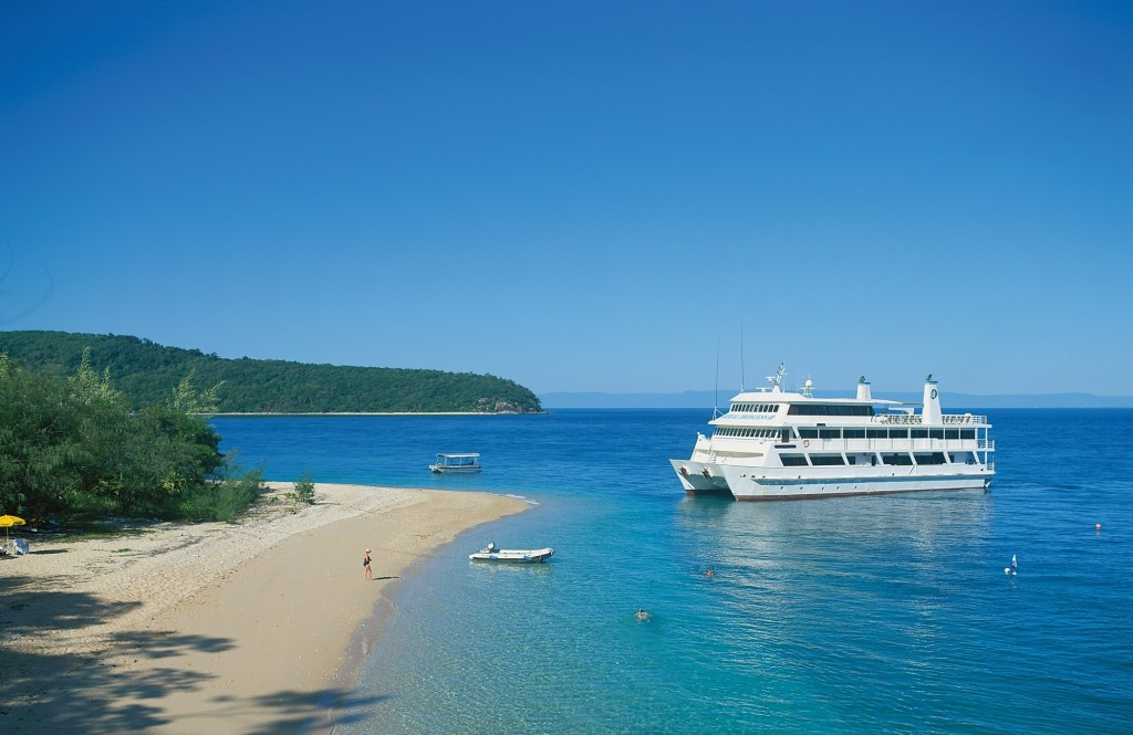 Going ashore along the Great Barrier Reef. * Photo: Coral Expeditions