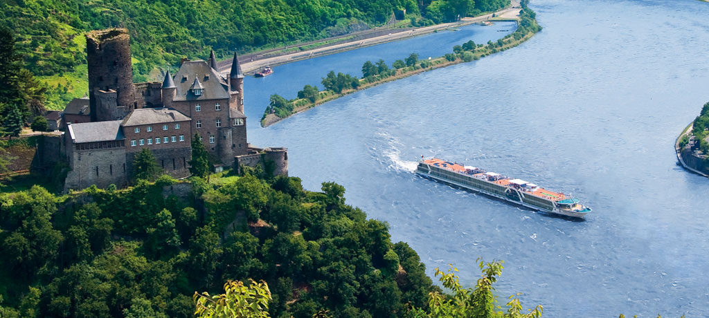 The mighty Rhine flows through the heart of Europe. * Photo: A&K