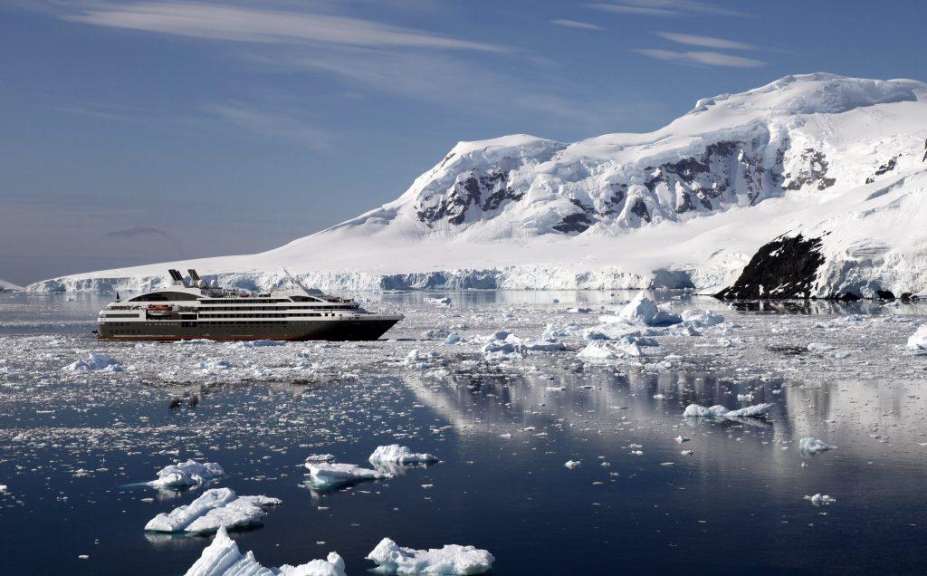 Antarctica beauty. * Photo: Abercrombie & Kent
