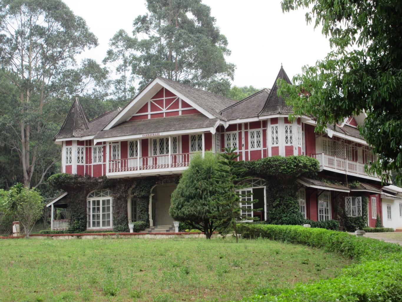 British colonial architecture. * Photo: Sheila Healey
