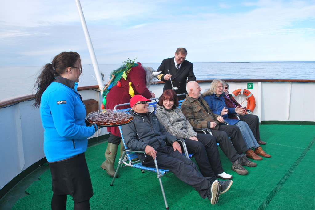 A shared event like crossing the Arctic Circle is an icebreaker (literally). * Photo: TedScull