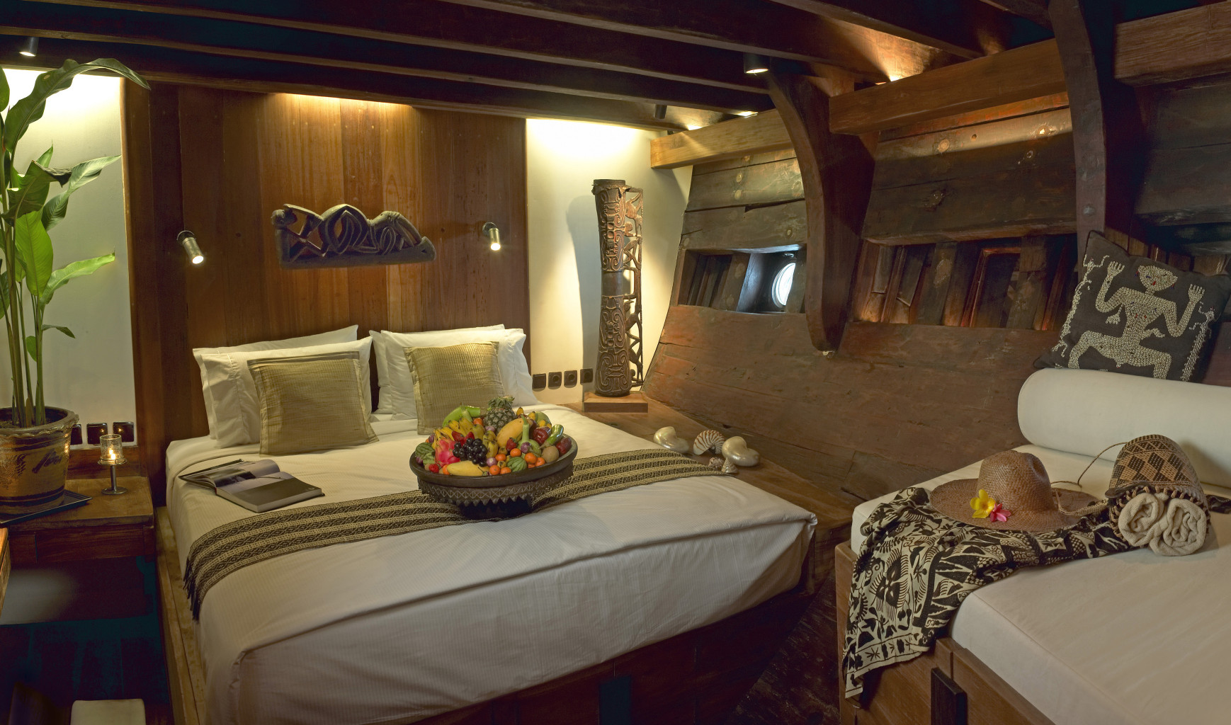 Charming cabins incorporate traditional Indonesian art and design. * Photo: Silolona Sojourns