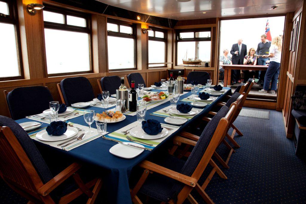 Dining on Glen Tarsan. * Photo: Majestic Line
