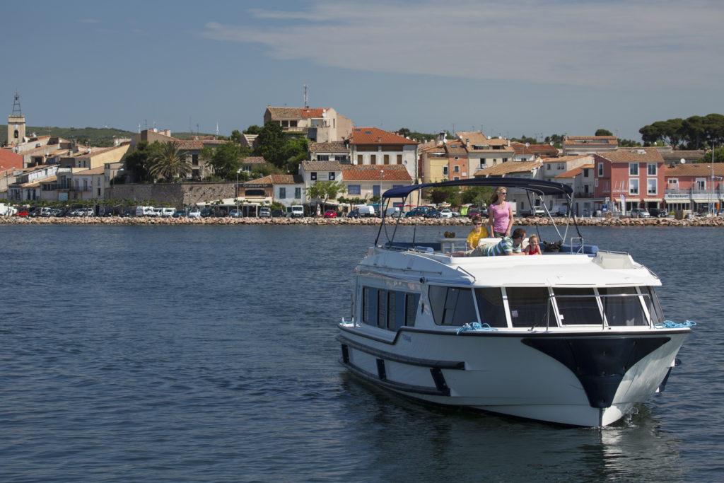 Le Boat.Camargue - France. * Photo: Le Boat