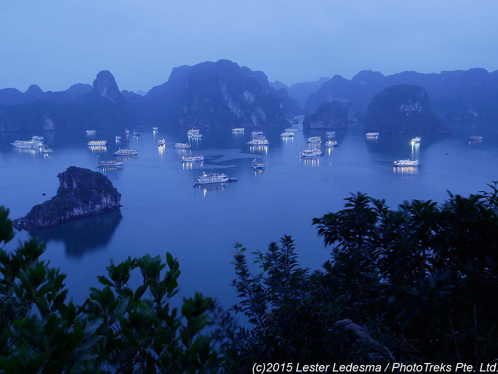 small ship cruises in Halong Bay