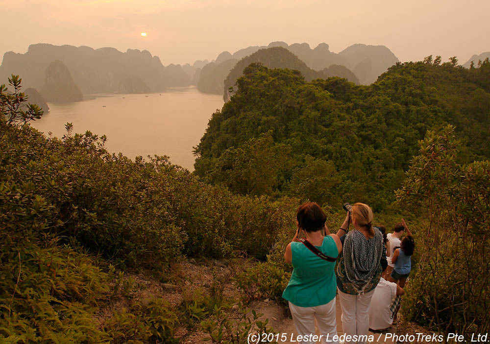 ha long bay essay Halong bay in the rain and mist photo essays work with us contact us select page halong bay, vietnam: is it worth it.