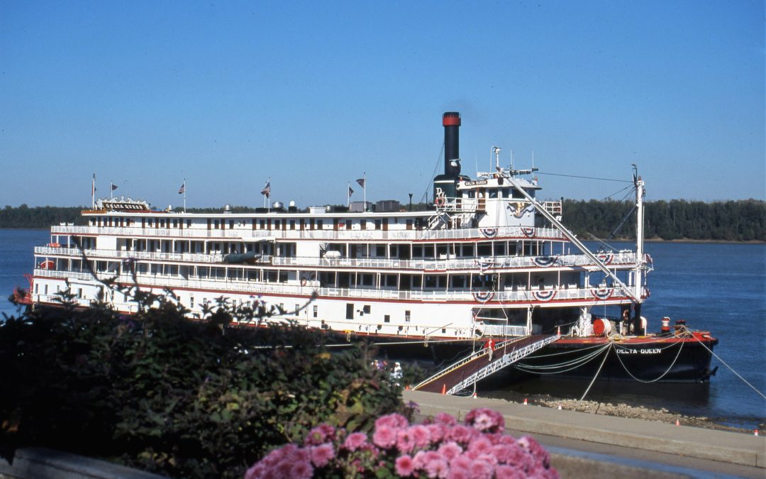 Mississippi River Cruising: Discovering the Lure of Steamboat Travel