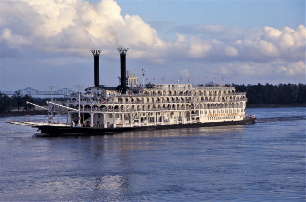Mississippi River Cruising