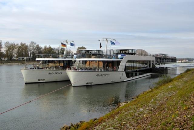MV AMAPRIMA and MV AMACERTO at Kehl.