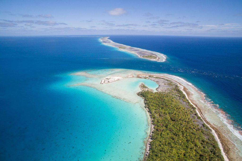 Art Sbarsky Tahiti arieal sea