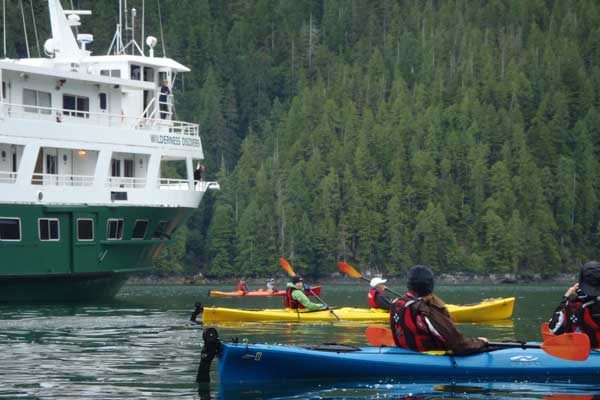Kayaking around the Wilderness Discoverer in Alaska. * Photo: UnCruise Adventures