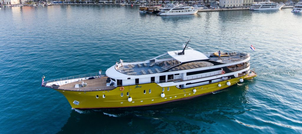 Small Ship Cruise Deals The Small Cruise Ship Collection