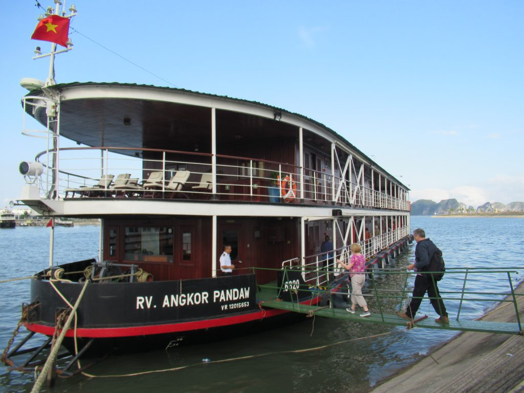 Vietnam Red River Cruise
