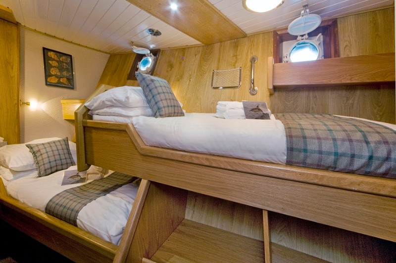 Elizabeth G twin cabin