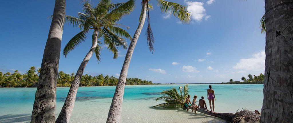 tuamotus beach