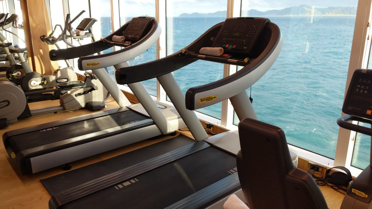 oceanview gym on Le LaPerouse
