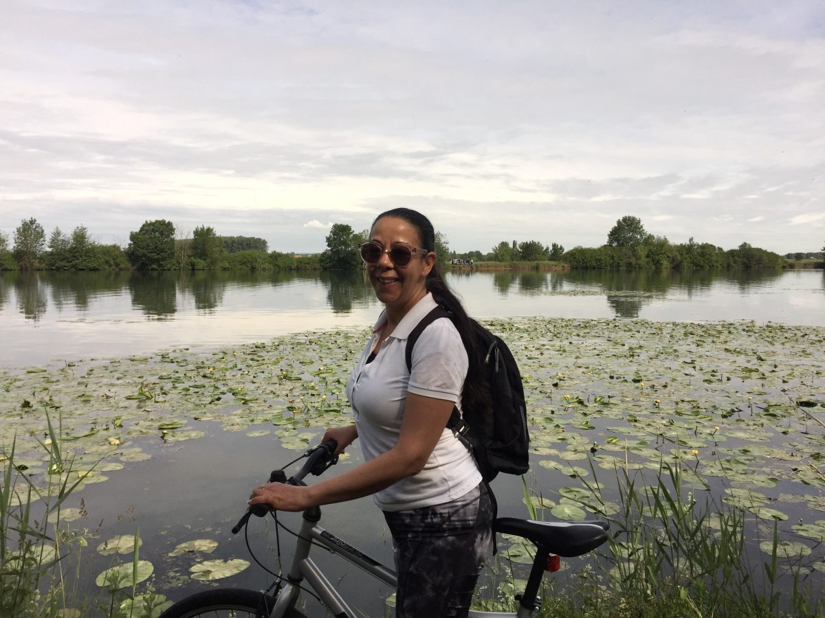 Combine bicycling with canal cruising in France