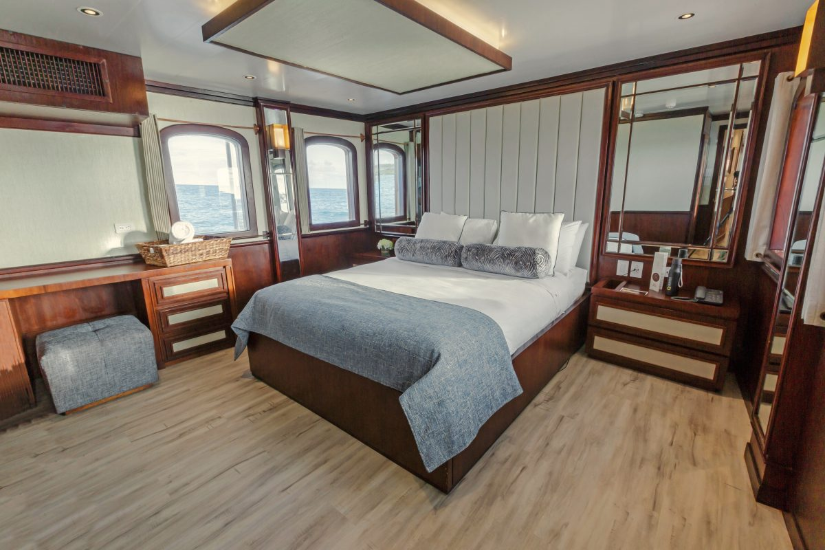 The Grace Suite aboard the 18-passenger Grace of Quasar Expeditions