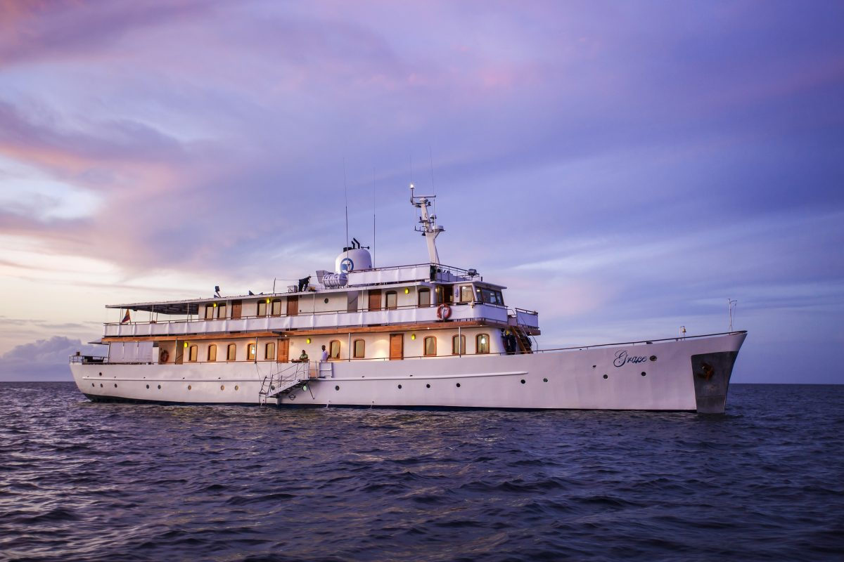 Quasar Expeditions' 18-passenger Grace