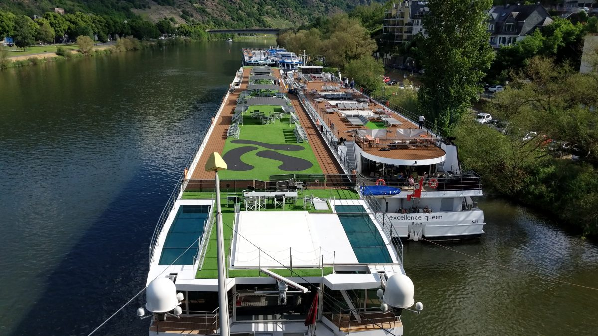 Emerald Destiny does Europe River cruises