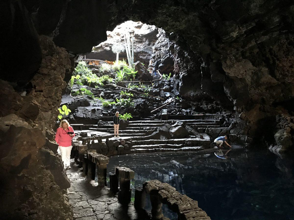 lava tube grotto