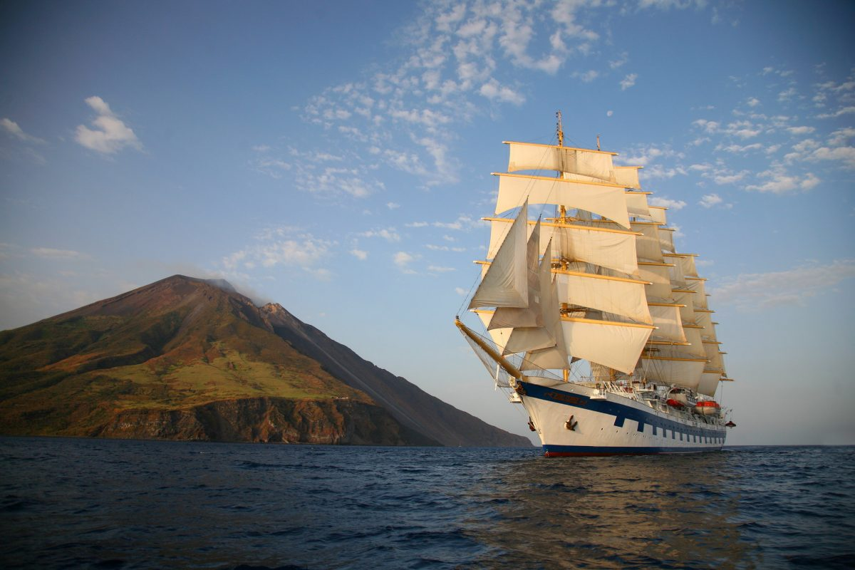 wave season deals on Royal Clipper