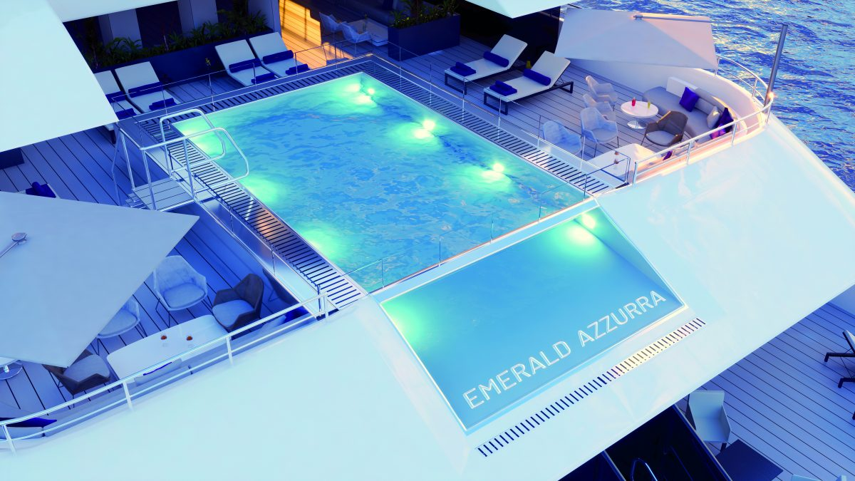 infinity pool on Emerald Azzurra