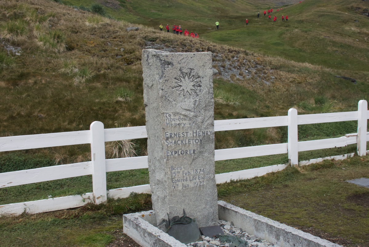 shackleton's tombstone