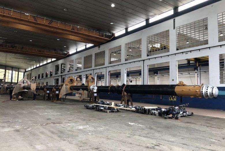 Small-ship Sea Cloud Spirit construction