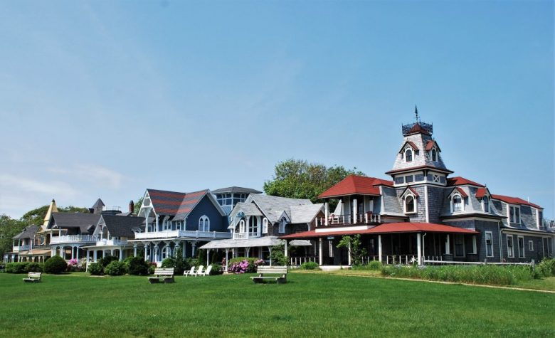 12 Irresistible Reasons to Visit the New England Islands by Small Ship