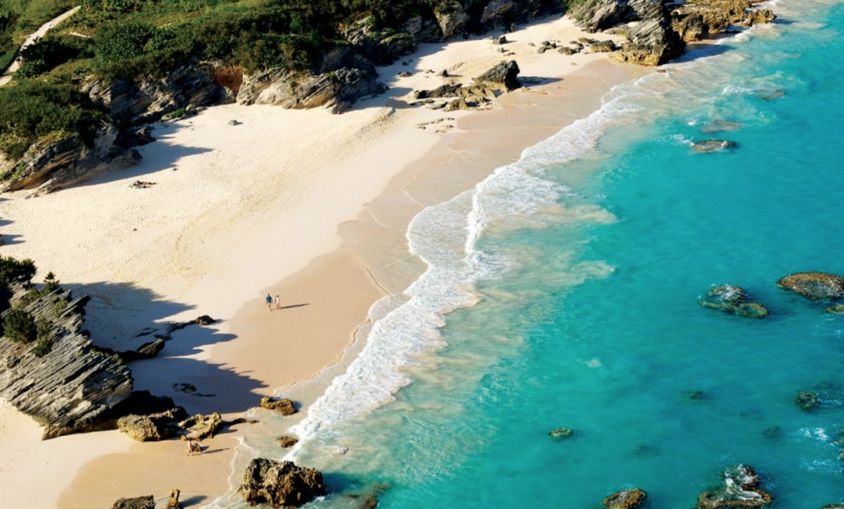Bermuda's Horseshoe Bay is Elysa's next travel place
