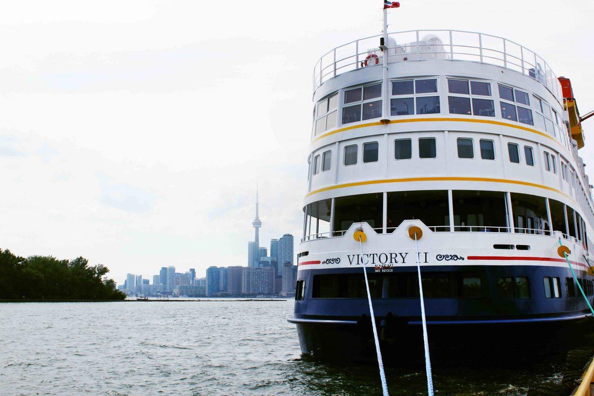 Canada bans cruise ships