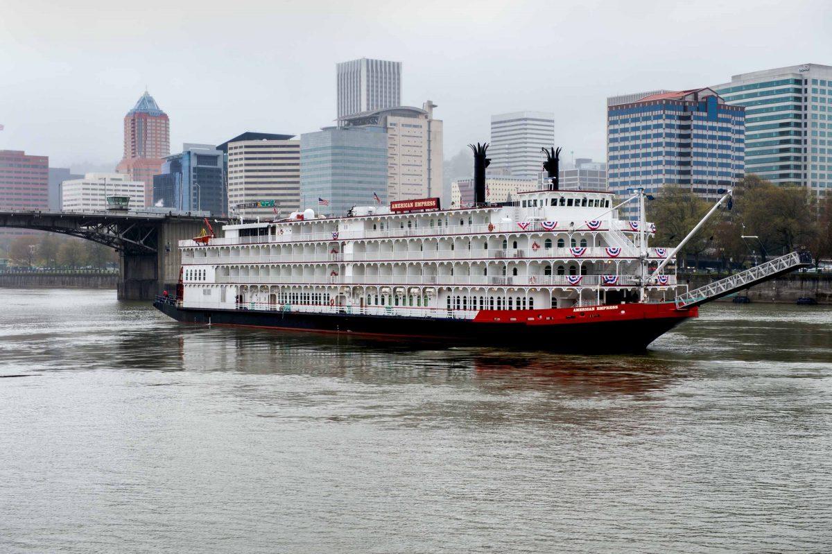 Small ship cruising to resume soon