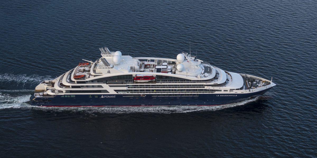 small-ship cruising restarts in France