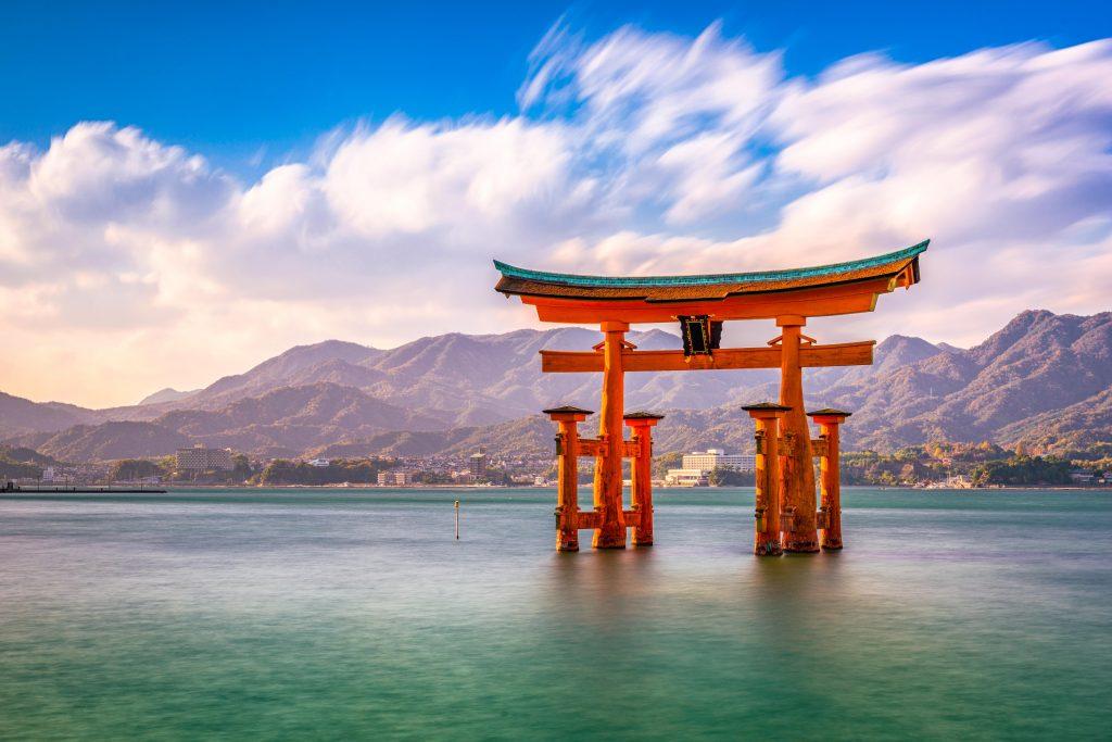 Lindblad to visit Japan