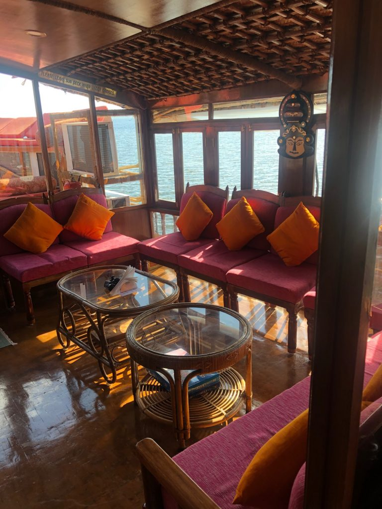 Vaikundam's Interior bar and lounge area