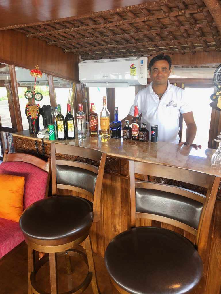 Vaikundam's cozy bar area