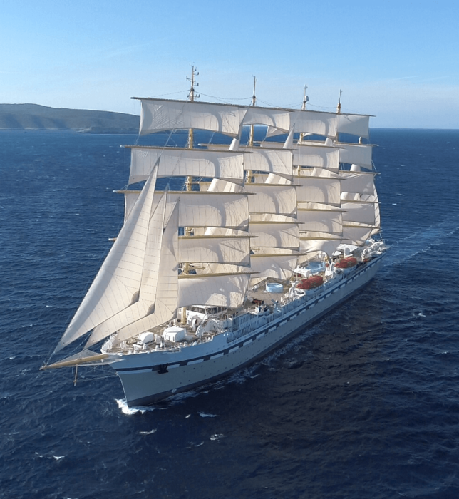 Tradewind Voyages's Golden Horizon