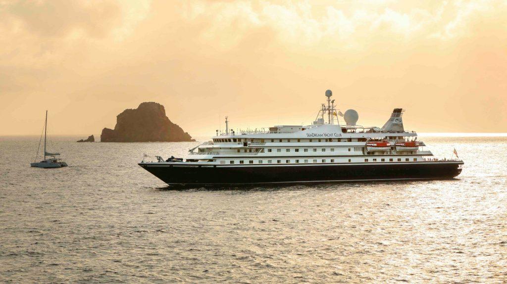 SeaDream I at sea